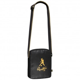 ronaldinho,shoulder,bag